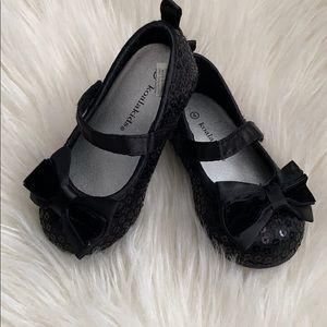 Koala Kids Dress Shoes. Size 4